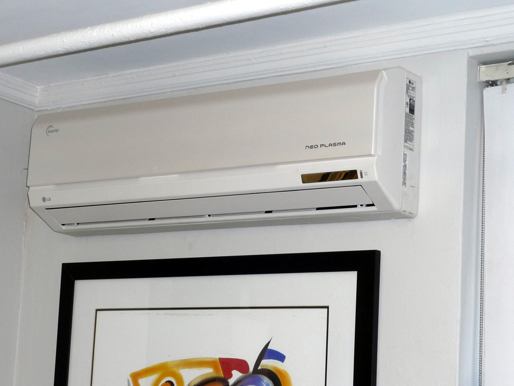 Air Handlers Ductless Split System Spacepak / Unico System #B37E18